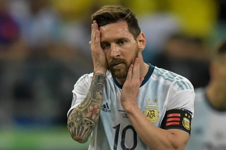 5d05d4a8dda4c8a92d8b4596 Messi & Argentina Suffer Nightmare Copa America Start In Defeat To Colombia