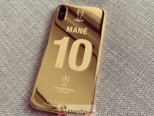 61089114_2301318953247259_245643778495657322_n Liverpool Squad Receive Insane Customised Champions League 24K Gold Plated iPhone X