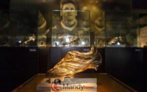 messi-golden-shoe-300x188 Messi's 6th Golden Shoe On Display In Museum