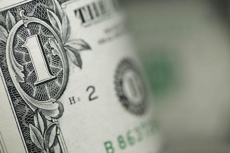El dólar bajo presión por la caída de los rendimientos
