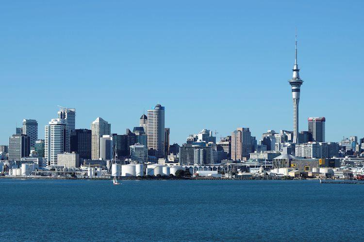 Nueva Zelanda reporta 35 nuevos casos de Covid-19 el lunes