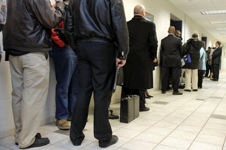 Las vacantes de empleo de JOLTS aumentan a 9,3 millones en abril frente a los 8,3 millones esperados