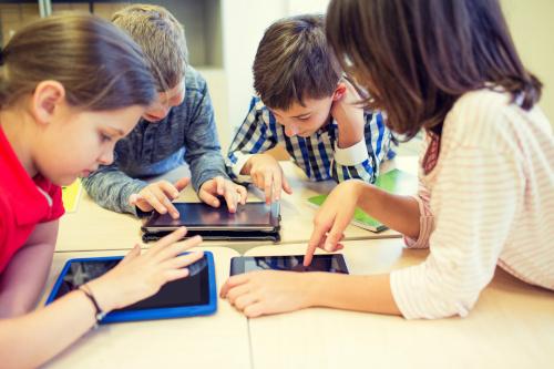 5 formas de impulsar la participación de los estudiantes con las estrategias de aprendizaje STEM