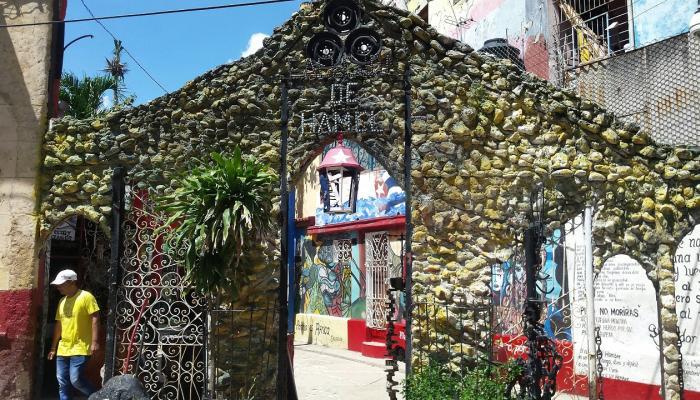 Callejón de Hamel, un lugar con identidad propia en La Habana
