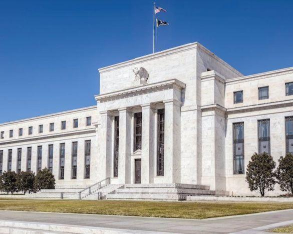 El diagrama de puntos de la Fed salta al despegue de las tasas de 2023: encuesta de Bloomberg