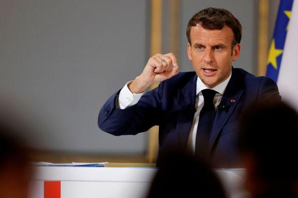 Macron dice que los países del G7 deberían trabajar juntos para abordar el contenido tóxico en línea