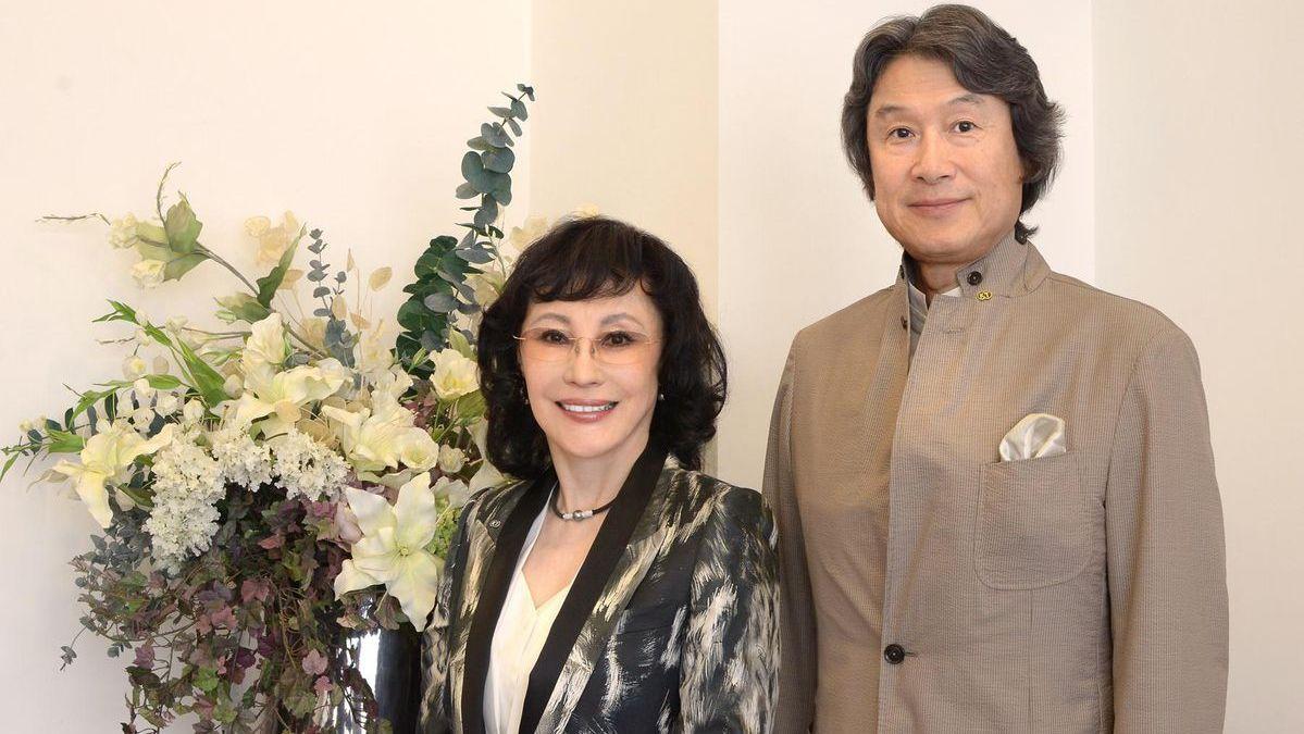 Multimillonario japonés listo para unirse a la junta de SoftBank, refuerza las credenciales de juego