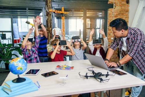 5 herramientas de aprendizaje inmersivo para el aula