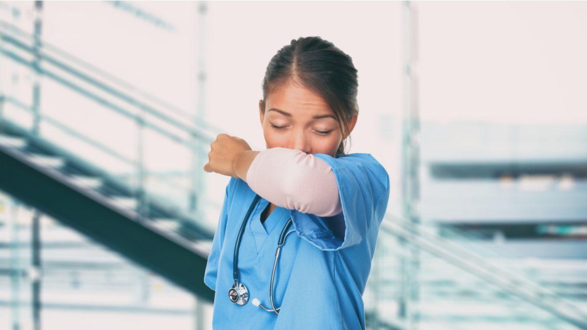 China ofrece a los médicos una póliza de seguro digital en yuanes para Covid-19