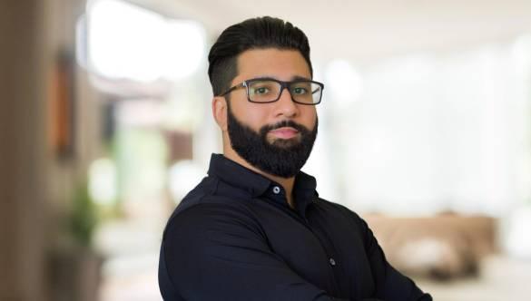 Emprendedor de 29 años que creó un fondo para ayudar a los millennials a invertir mejor