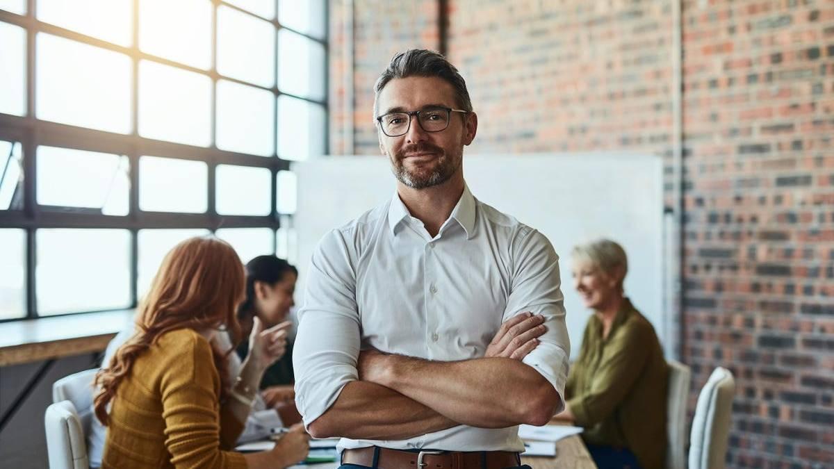 Tres formas poderosas para que los emprendedores desafíen las dudas sobre sí mismos y desarrollen la autoaceptación