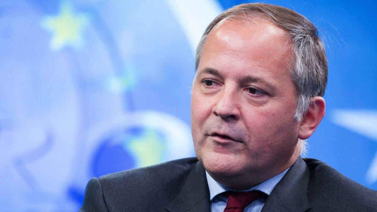 BIS insta a los bancos centrales a desarrollar con urgencia CBDC para competir con los criptoactivos