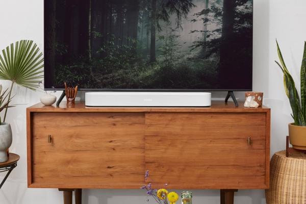 La barra de sonido Beam de segunda generación de Sonos es compatible con Dolby Atmos