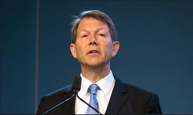 SNB Zurbruegg dice que aún se necesitan tasas negativas para evitar el aumento del CHF