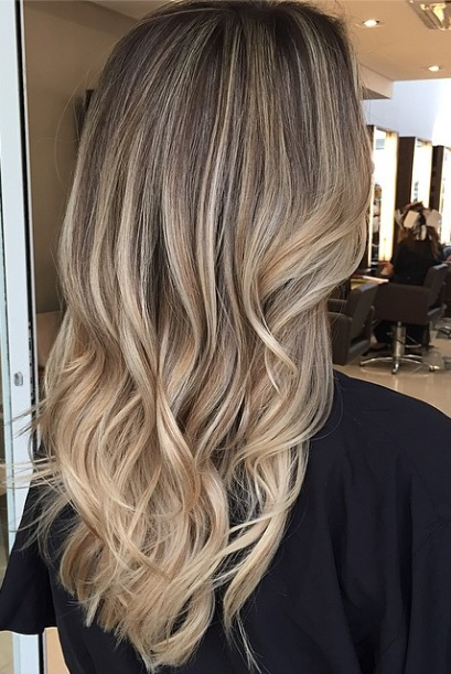 bronde or dark blonde hair color idea