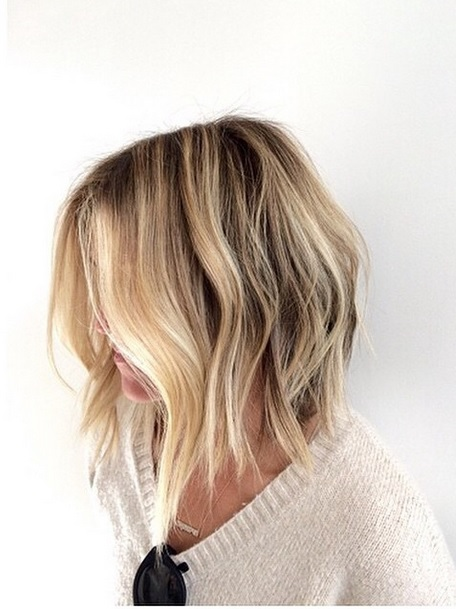 long bob hairstyle idea
