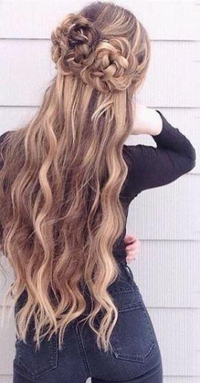 love this braided hairstyle idea