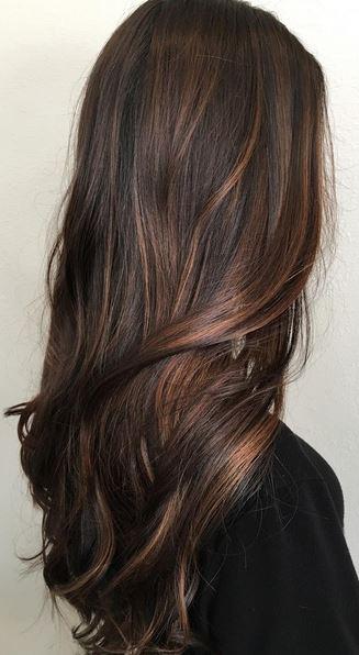 subtle-brunette-balayage