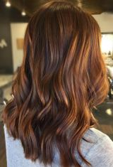 brunette-with-warm-red-tones