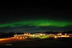 Aurora boreal al poble de Hofn