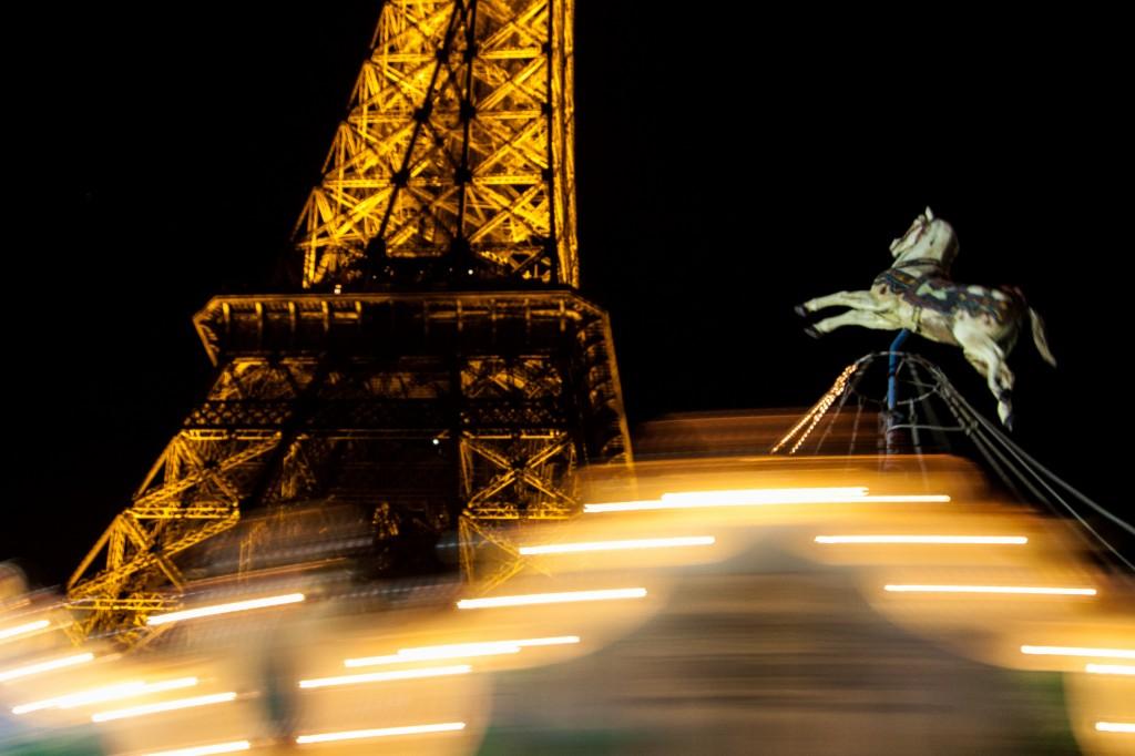 petit-Cheval-et-la-tour-Eiffel1 by .