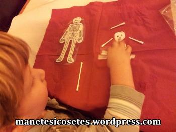 esquelets i mandales amb bastonets de les orelles proposta de butxaca 9 03