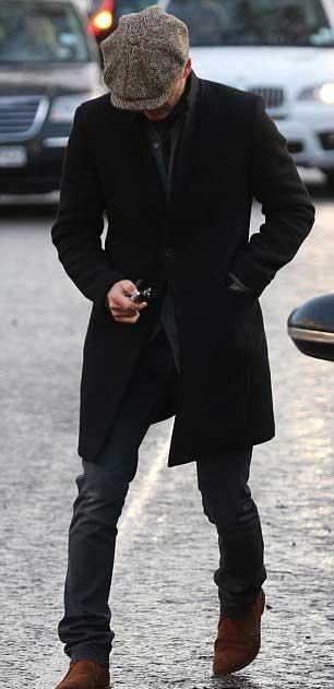 David-Beckham-Flatcap-Black-Overcoat-31-Jan-1