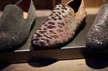 Jimmy-Choo-LCM-SS14-Presentation-Black-Studded-Slippers