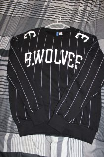 Mens_Menswear_Style_H&M_Divided_B_Wolves_Sweatshirt