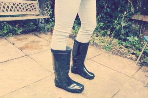 Bohoo.com menswear festival fashion giveaway black wellington boots