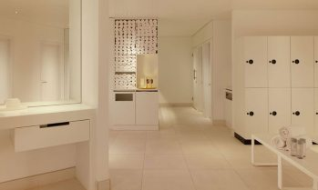 Mondrian_Sea-Containers_agua-spa-bathhouse_Changing-Rooms