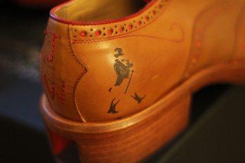 Oliver-Sweeney_Johnnie-Walker_Brogues_Robin-James_The-Utter-Gutter_Heel_Logo