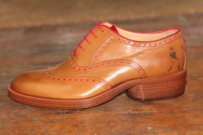 Oliver-Sweeney_Johnnie-Walker_Brogues_Robin-James_The-Utter-Gutter_Shoe_Side-on_Logo