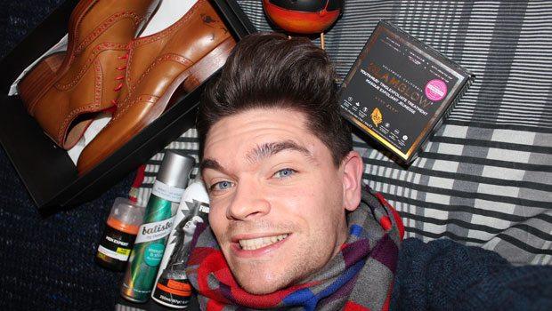 Robin-James_The-Utter-Gutter_Christmas-Gifts_December-Faves_TUG