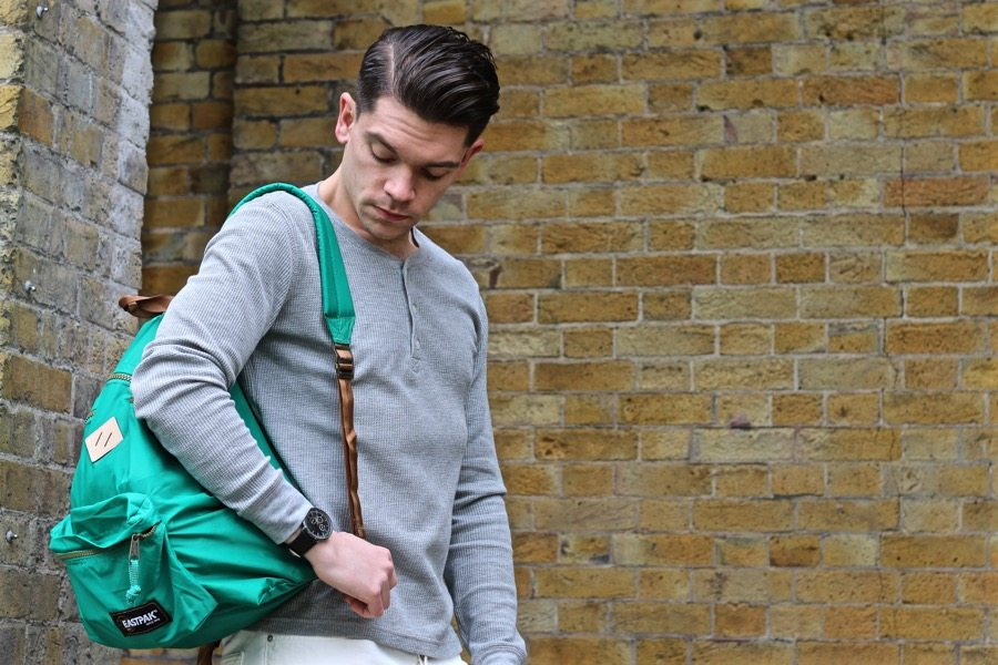 Robin-James-Mango-T-Shirt-Green-Eastpak-Bag