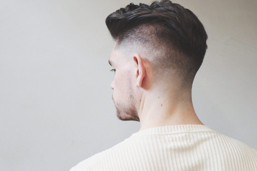 skin-fade-haircut-side-pomp-hairstyle-how-to
