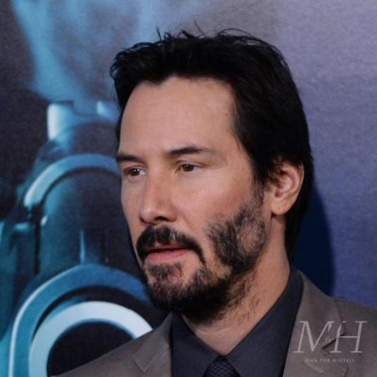 Keanu-Reeves-Patchy-Beard-Man-For-Himself