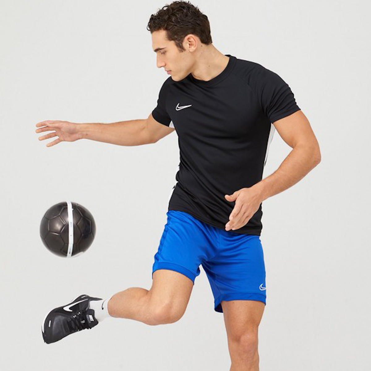 men-sportswear-very-summer-staples-2020-man-for-himself