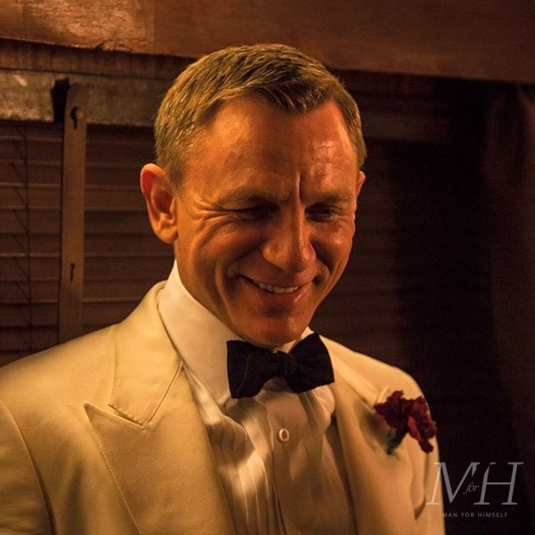 daniel-craig-james-bond-hairstyle-grooming-MFC19-man-for-himself