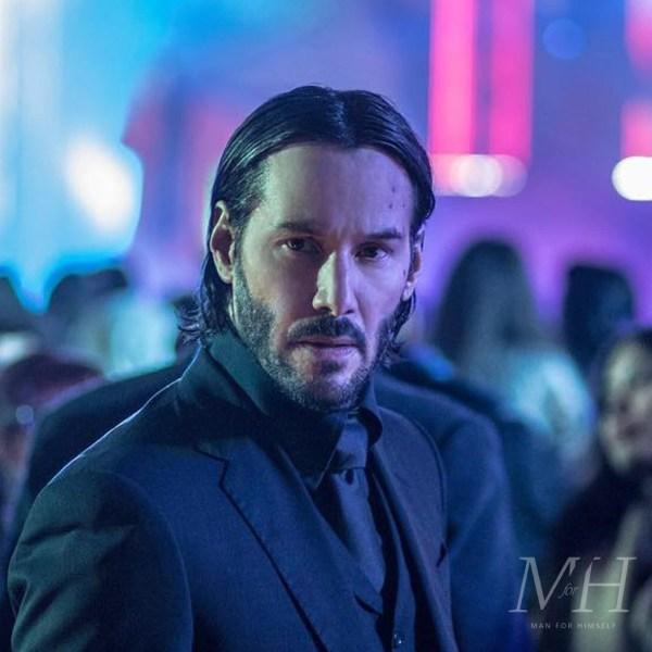 Keanu Reeves: Long Slick Hair With Centre Part