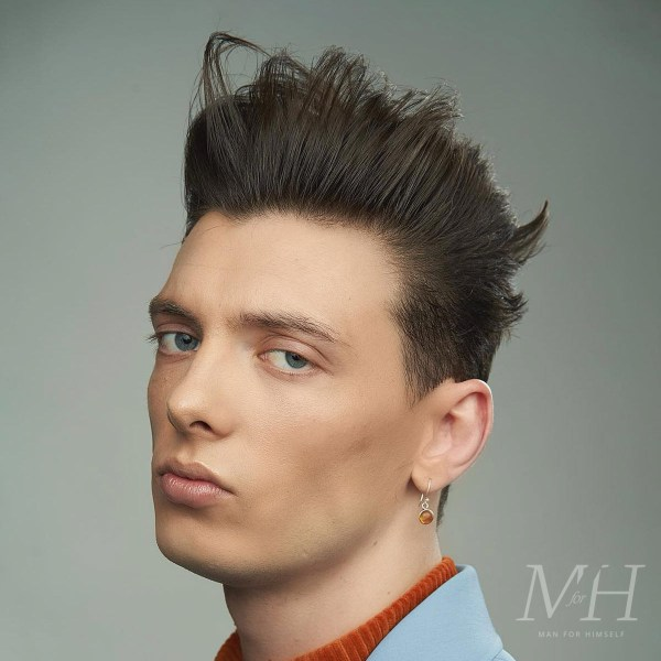 mens-hairstyle-high-quiff-pompadour-grooming-MFH28-man-for-himself