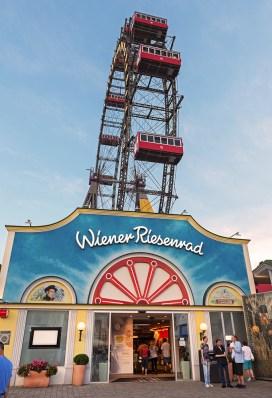 Riesenrad-Prater-Wien-Aug-16-4-kl