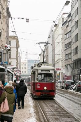 4799-Linie 33 Josefstädterstraße Albertgasse-Feb 17-1-2