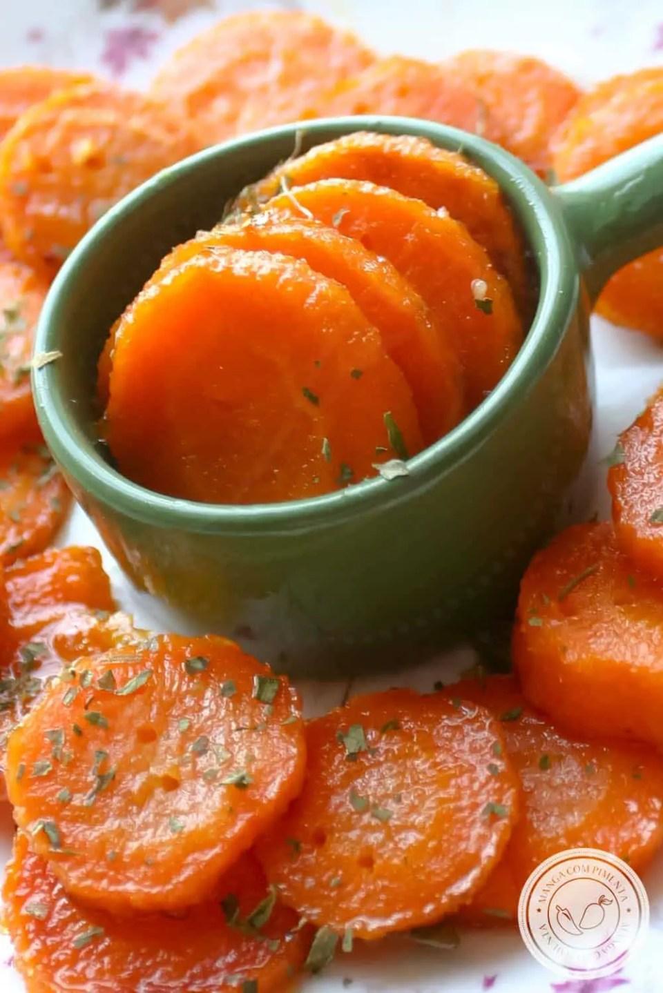 Cenouras Glaceadas - uma delícia para o seu almoço do dia a dia!