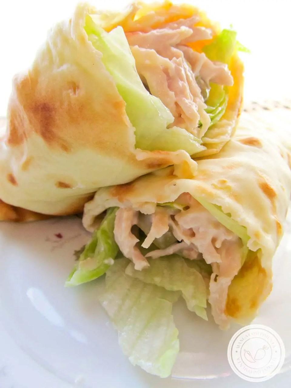 Panqueca Fria de Frango com Alface - um almoço (ou lanche) leve e nutritivo para dia quentes!