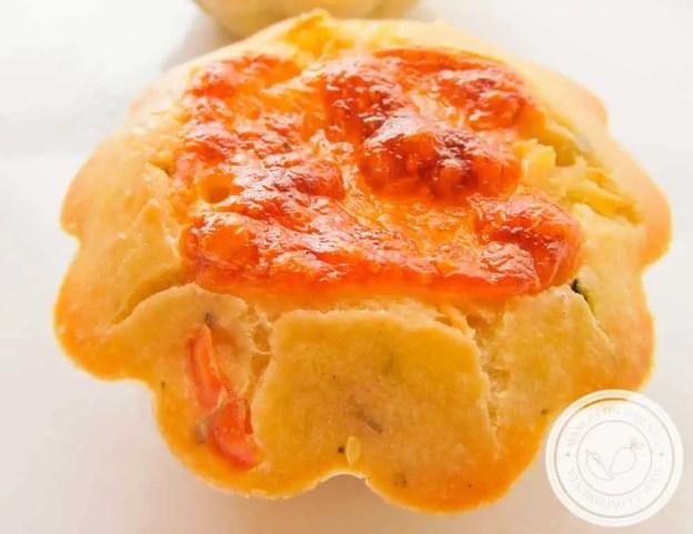 Cupcakes Salgados Recheado com Frango e Requeijão - um lanche delicioso para o final da tarde!