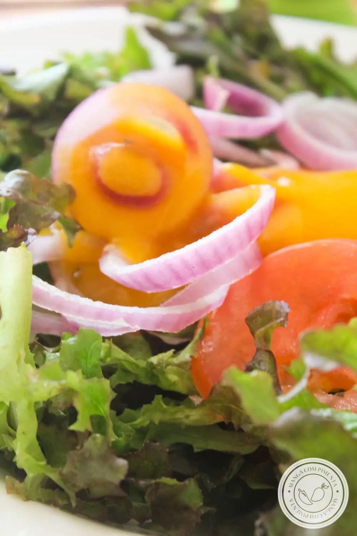 Receita de Molho de Manga com Pimenta para temperar Salada - uma delícia para os dias quentes e para Ceia de Final de Ano.