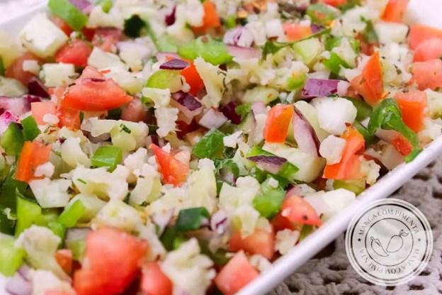 Receita de Tabule de Couve-flor - prepare para servir no almoço em dias quentes.