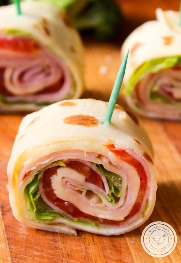 Receita de Enroladinho de Presunto com Queijo e Salada - Petisco para qualquer ocasião!
