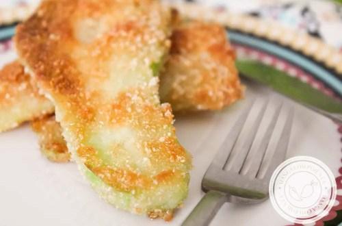 Chuchu Frito à Milanesa - para servir no almoço do dia a dia!
